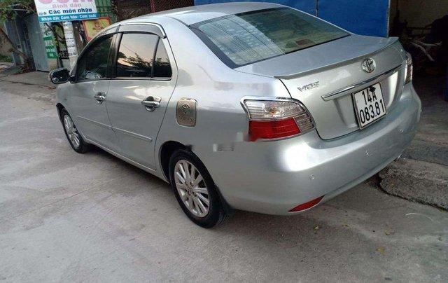 Bán Toyota Vios năm 2012, màu bạc6