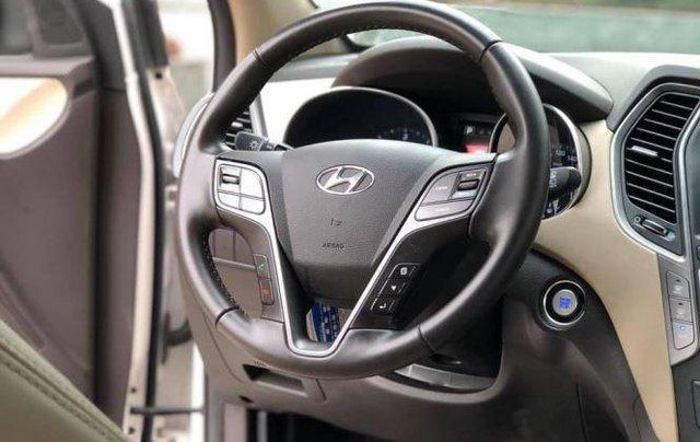 Bán xe Hyundai Santa Fe đời 2019, màu trắng5