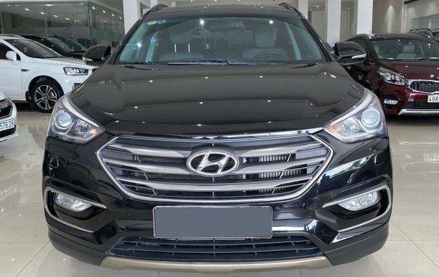 Bán Hyundai Santa Fe sản xuất 2017, màu đen, giá 890tr0