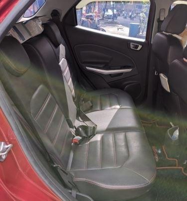Bán Ford EcoSport sản xuất năm 2015, màu đỏ còn mới9