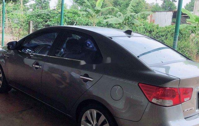 Cần bán gấp Kia Forte năm sản xuất 2009, số tự động1