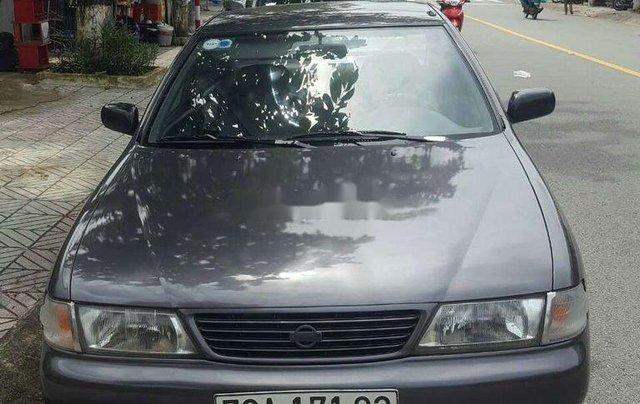 Cần bán xe Nissan Sunny sản xuất 1997, xe nhập, giá tốt0