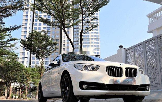 Bán xe BMW 528i năm 2014, màu trắng, nhập khẩu, số tự động0