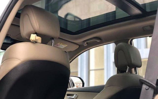 Bán Hyundai Santa Fe đời 2019, màu trắng, bản full option7
