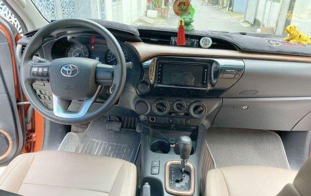 Bán Toyota Hilux sản xuất năm 2018, số tự động, máy dầu, màu cam6
