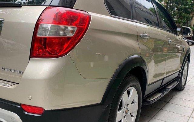 Chính chủ bán lại xe Chevrolet Captiva đời 2009, màu vàng cát7