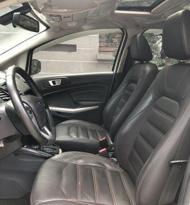 Bán Ford EcoSport Titanium sản xuất năm 2016, màu trắng6