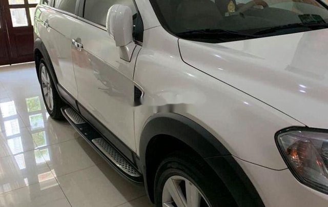 Bán Chevrolet Captiva sản xuất 2011, màu trắng như mới, 369tr2