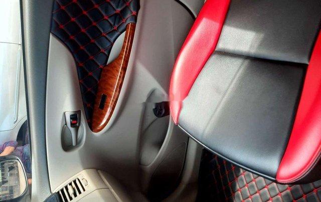 Cần bán xe Toyota Corolla Altis 2010, màu trắng, giá 345tr2