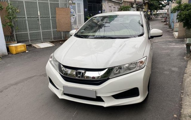 Gia đình bán xe Honda City 2016, màu trắng5