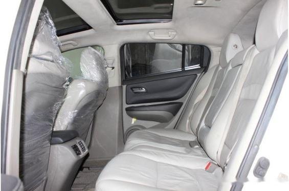 Cần bán Acura ZDX năm 2009, màu trắng, nhập khẩu nguyên chiếc còn mới4