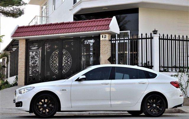 Bán xe BMW 528i năm 2014, màu trắng, nhập khẩu, số tự động1