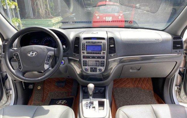 Bán xe Hyundai Santa Fe đời 2011, màu bạc2