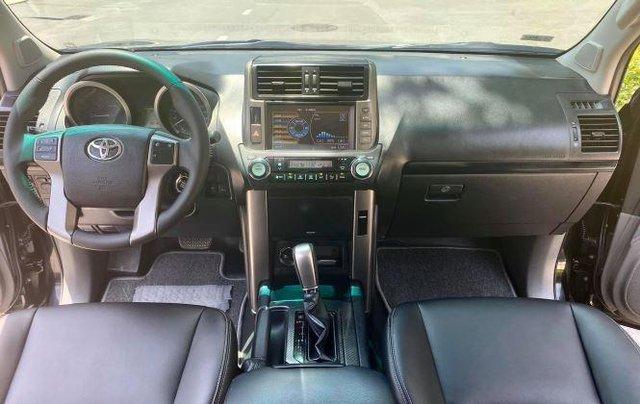 Cần bán xe Toyota Land Cruiser sản xuất năm 2010, màu đen, xe nhập còn mới5
