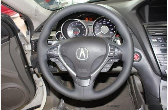 Cần bán Acura ZDX năm 2009, màu trắng, nhập khẩu nguyên chiếc còn mới3