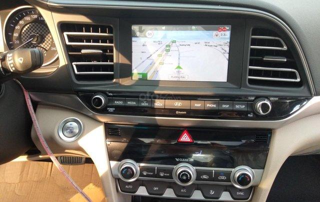 Elantra giảm giá cực sâu - khuyến mãi quà khủng. Nhận xe ngay - mua xe giá chỉ từ 115tr nhận xe8