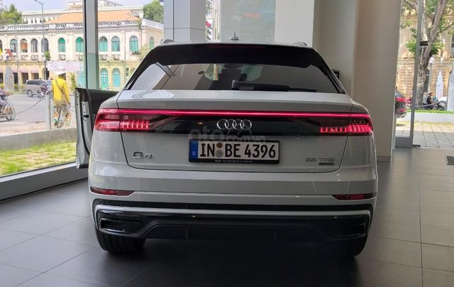 Bán xe Audi Q8 2020 nhập khẩu chính hãng, giá tốt nhất miền nam, liên hệ ngay3