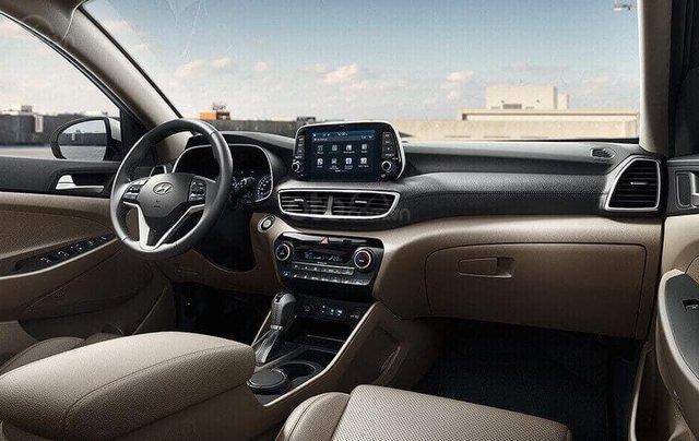 Bán xe Hyundai Tucson 2020, màu xám3