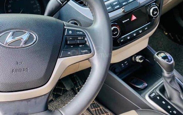 Bán gấp Hyundai Accent đời 2019, màu trắng6