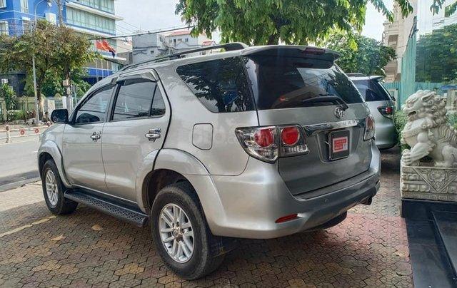 Bán Toyota Fortuner 2.5G 2014 màu bạc2