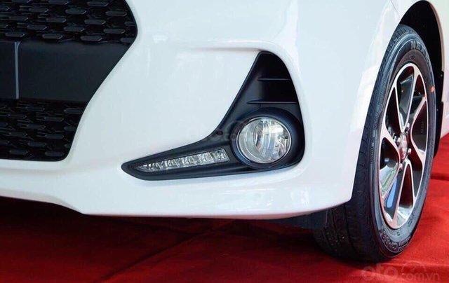 Hyundai I10 giá giảm hết ga - thả ga mua xe - chỉ còn 2 tháng hỗ trợ 50% thuế trước bạ - hỗ trợ ĐK grab2