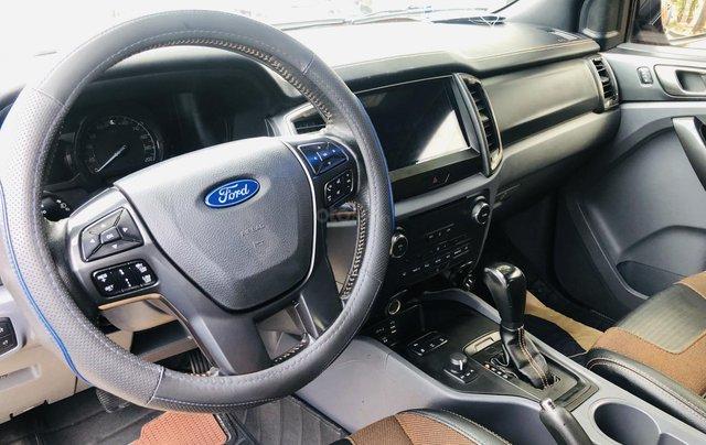 Cần bán xe Ford Ranger năm 2015, màu vàng cam, mới 95%. Giá chỉ 685 triệu đồng5