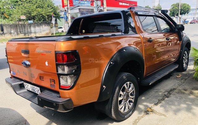 Cần bán xe Ford Ranger năm 2015, màu vàng cam, mới 95%. Giá chỉ 685 triệu đồng3
