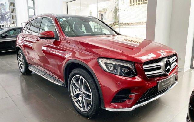 Mercedes GLC300 AMG màu đỏ siêu lướt, giá cực tốt - Xe đã qua sử dụng chính hãng2