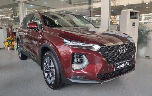 Hyundai Santafe 2020 giá tốt miền Bắc giảm thuê 50%, trả góp 85%, tặng kèm bộ quà tặng DV, đủ màu xe giao ngay1