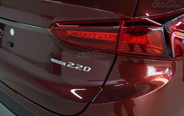 Hyundai Santafe 2020 giá tốt miền Bắc giảm thuê 50%, trả góp 85%, tặng kèm bộ quà tặng DV, đủ màu xe giao ngay9