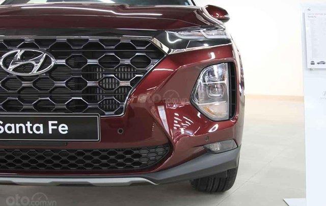 Hyundai Santafe 2020 giá tốt miền Bắc giảm thuê 50%, trả góp 85%, tặng kèm bộ quà tặng DV, đủ màu xe giao ngay7