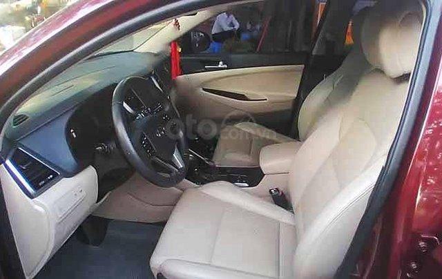 Cần bán xe Hyundai Tucson năm sản xuất 2018, màu đỏ còn mới giá cạnh tranh1