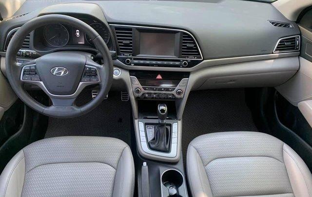Cần bán xe Hyundai Elantra 2.0AT 2016, màu trắng6