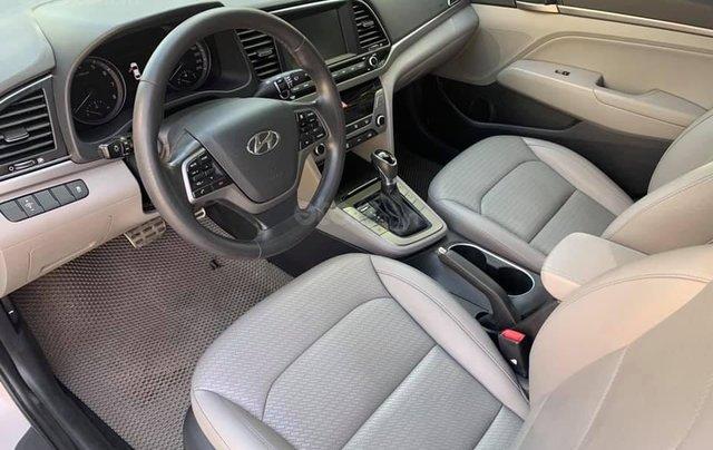 Cần bán xe Hyundai Elantra 2.0AT 2016, màu trắng7