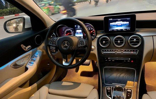 Bán xe Mercedes C200 đời 2017, màu trắng2