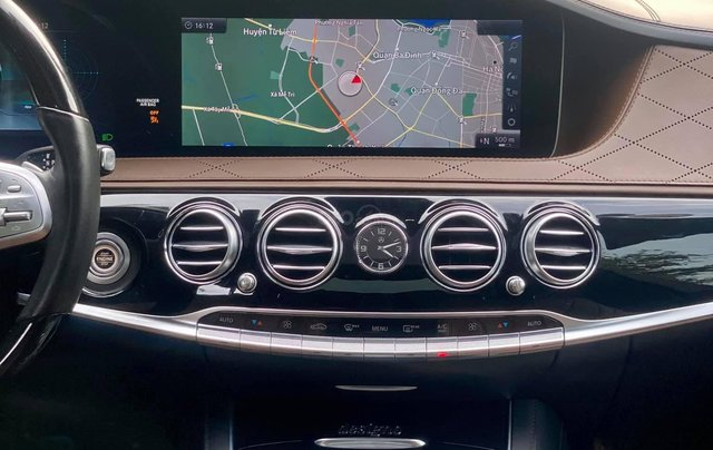 Cần bán xe Mercedes S650 đời 2018, màu đen6