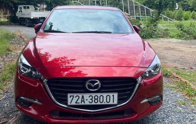 Bán Mazda 3 cuối 2019, màu đỏ pha lê0