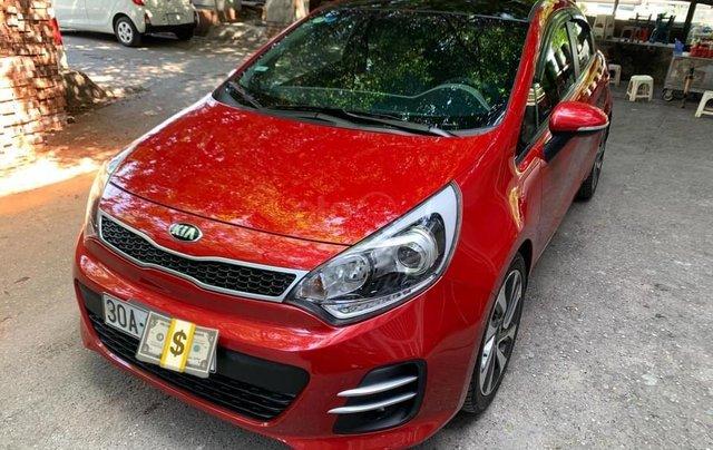 Cần bán xe Kia Rio bản hatback full option nhập khẩu 20151