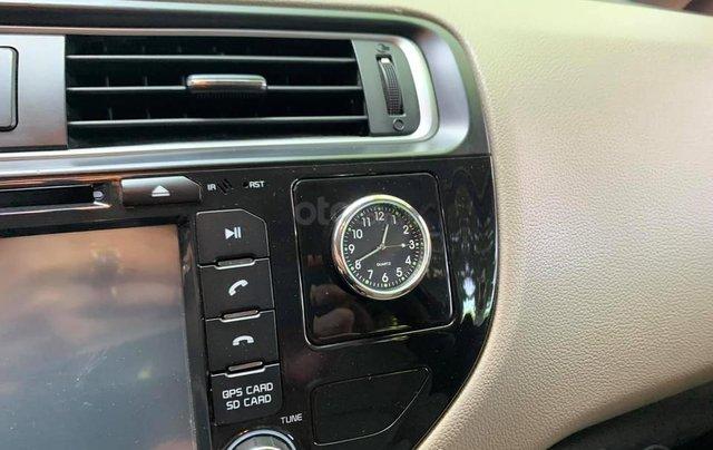 Cần bán xe Kia Rio bản hatback full option nhập khẩu 20157