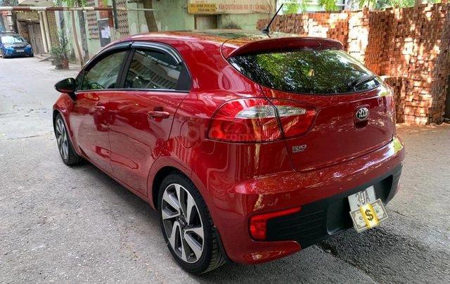 Cần bán xe Kia Rio bản hatback full option nhập khẩu 20154