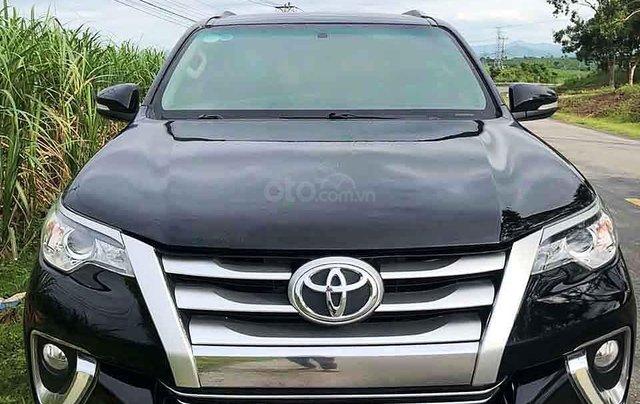Cần bán gấp Toyota Fortuner năm sản xuất 2017, màu đen, nhập khẩu nguyên chiếc còn mới3