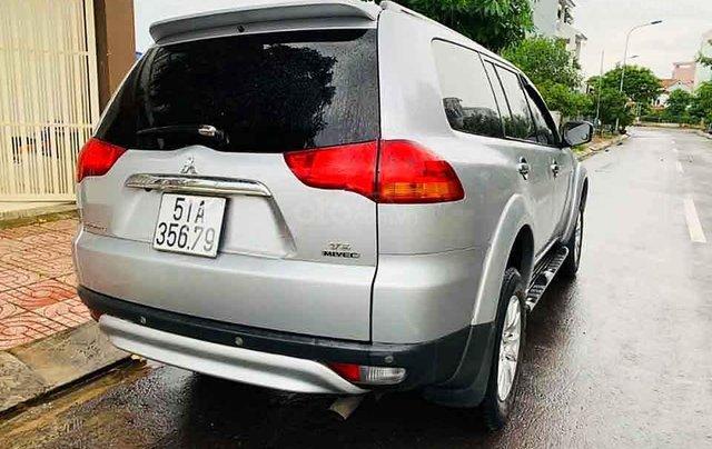 Xe Mitsubishi Pajero Sport năm sản xuất 2012, màu xám còn mới3