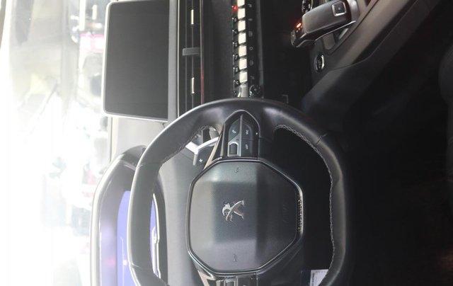 Bán xe Peugeot 5008 2017, màu xám9
