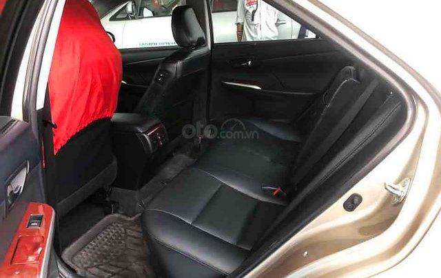 Cần bán lại xe Toyota Camry sản xuất năm 2013 còn mới, 740tr1
