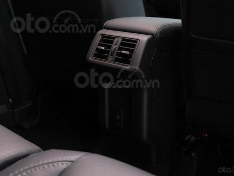 Mitsubishi Outlander 2020 khuyến mãi hấp dẫn cọc ngay trong tháng 125