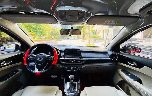 Bán xe Kia Cerato năm sản xuất 2019, màu đỏ còn mới, 570tr1