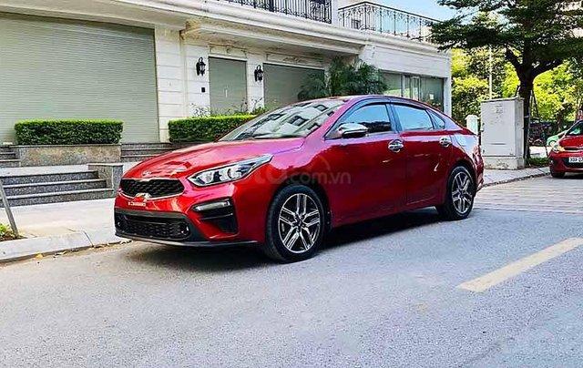 Bán xe Kia Cerato năm sản xuất 2019, màu đỏ còn mới, 570tr0