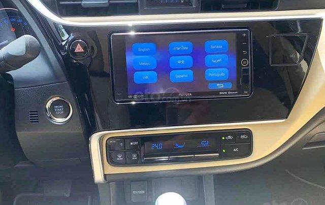 Cần bán xe Toyota Corolla Altis sản xuất 2019, màu đen còn mới giá cạnh tranh1