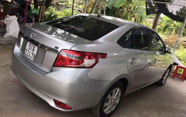 Bán gấp với giá thấp chiếc Toyota Vios sản xuất 2016, chính chủ sử dụng4