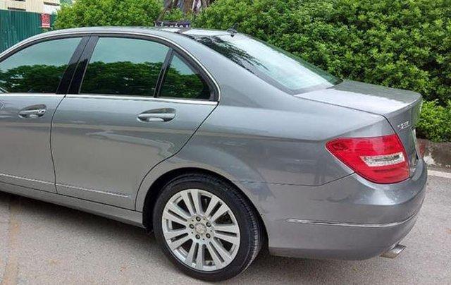 Gia đình bán xe Mercedes C250 đời 2013, màu xám2
